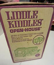 VINTAGE LIDDLE KIDDLES DOLL OPEN HOUSE PLAY HOUSE WITH BOX AND FURNITURE