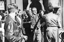 WW2 - Paris 25 août 1944 - Les Allemands se rendent aux FFI