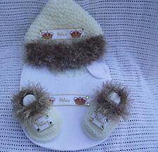 HAND Knitted Bambino Principe pelliccia BABBUCCE BAVAGLINO E Cappello 0/3 GHz