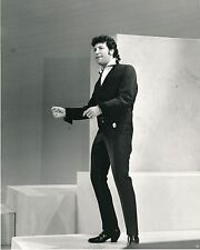 "Tom Jones 10"" x 8"" Photograph no 1"