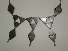 """METALIC 18"""" Triangle Pattern  Necklace"""