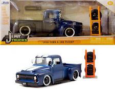 1956 FORD f-100 pickup con Set di Pneumatici & Cerchi Blu 1:24 Jada Toys 54027