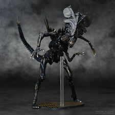 HOT  ComicAlien VS Predator Classic Action Figure Alien Queen Collectible Model