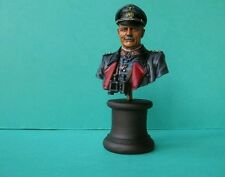 Buste du marechal Guderian 1/10 en resine Le buste est peint (peinture concours)