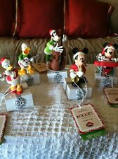 HALLMARK WIRELESS DISNEY BAND 2013 FULL SET TAGS ATTACHED