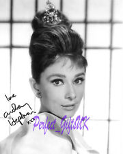 AUDREY HEPBURN 10X8 SIGNED AUTOGRAPHED PP PHOTO BREAKFAST AT TIFFANYS