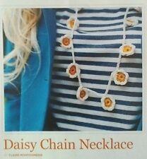 Daisy chain collier claire montgomerie crochet pattern de magazine