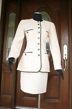 CHANEL COUTURE CLASSIC CREAM SKIRT SUIT (Size 38)