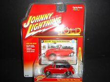 Johnny Lightning Volkswagen Super Beetle Convertible 1975 Red 1/64