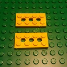 2 X Lego 3709b Technic, Plate 2 x 4 with 3 Holes - Yellow