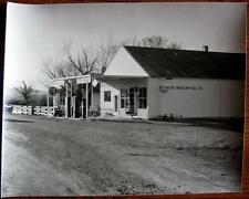 **CURRIE NEVADA ~ GHOST TOWN ~ CHEVRON GAS STATION ~ VINTAGE PHOTO