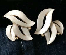 Vintage Crown Trifari Signed Earrings Rare Enamel w/ Gold Accent Abstract Design