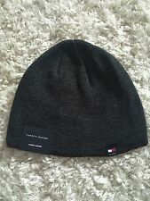 Tommy Hilfiger Mens Knit Hat Dark Gray Burgundy Trim Fleece Lined NWT