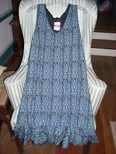 "NWT FRESH PRODUCE SUNRISE STYLE V-NECK DRESS W/ RUFFLE IN ""GEO WAVE"" PATT  (1X)."