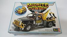 REVELL MIDNIGHT COWBOY CHEVY WRECKER