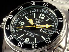 NEW MENS 200M SEIKO 5 SPORTS 23 JEWEL AUTOMATIC BLACK DIAL COMPASS RING SKZ211K1
