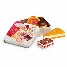 Wooden pretend role play food Erzi kitchen shop: Wooden Cream Pastries in a tin