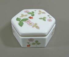 Wedgwood China WILD STRAWBERRY Hexagonal Box with Lid Excellent