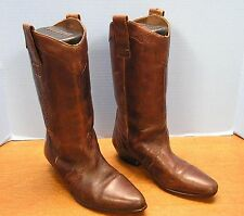LADIES BROWN 12.5 IN TALL FASHION BOOT FAUX LACED SIDES & TOOLING SIZE 7 D