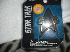 Star trek Voyager    metal  communicator badge