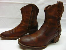 Womens size 8 Born Brown Bomber Leather Lace Sides Zip Up Heels Ankle Boots