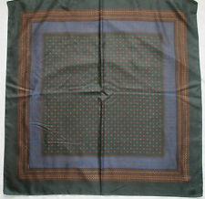 -AUTHENTIQUE Foulard   YVES SAINT LAURENT soie   TBEG  vintage Scarf