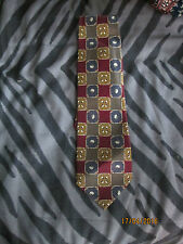 GOLF  THEMED TIE BY RENE CHAGAL  FREE P&P