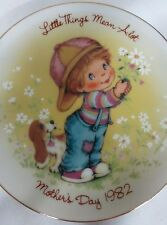Mother's Day 1982 Avon Mini Plate Little Things Mean A lot 22K Gold Trim