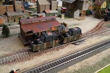 PIKO, WWII MILITARY VAN WAGONS, SCALE HO