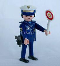 PLAYMOBIL POLICE - policier de la route - pistolet - panneau de signalisation