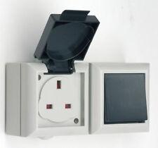 Conmutador externo y Socket 13 Amp IP54 fuera de montaje en pared Impermeable