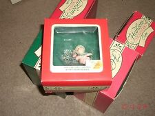1989 Carlton Cards A GIFT FROM HEAVEN-BABY GIRL'S 1ST XMAS-Baby-Snowflake-Rattle