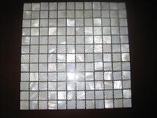 Perlmutt-Mosaik ,weiß.ECHT, KEIN Glas  20x20 mm mit Fuge auf Matte 300x300 mm