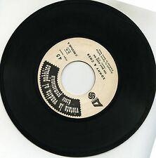 "SONNY AND CHER  THE BEAT GOES ON LOVE DON'T COME 7"" ITALY PROMOZIONALE"