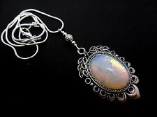 "A PRETTY OPALITE  CAMEO OVAL  PENDANT NECKLACE. 18"" LONG. NEW."