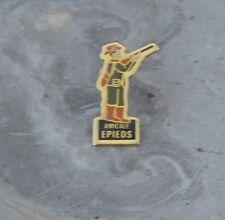 Pin's Amicale d'Epieds, fin des années 1980-début des années 1990