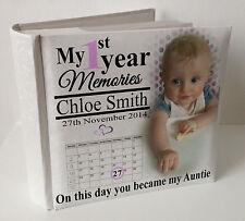 """Personalizzato BIANCO PHOTO ALBUM, 100 x 6x4 """"FOTO, Baby 1 ° anno memoria Auntie."""