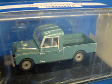 OXFORD LAN1109002 - 1:43 SCALE - LAND ROVER 109 OPEN BACK - BLUE