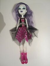 poupée doll Monster High Spectra Vondergeist Ghouls Alive !