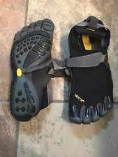 Vibram Five Finger Shoes Size 10.5-11 Or 43 New
