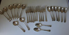 Walker & Hall 50 tr oz solid silver 925 Old English Pattern part canteen Cutlery