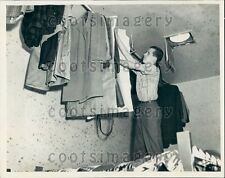 1946 Bowling Green State University Student Lives in Handball Court Press Photo