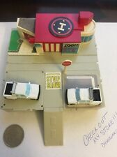 Micro Machines Travel City Zoom air  Set W/ 2 Cars (1988) V1
