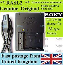 ORIGINALE Sony BC-VM10 Caricatore NP-FM500H Alpha A200 A350 A500 A550 A700 A850 A900