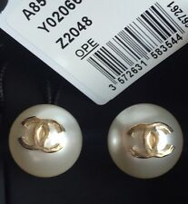 2016 NWT Chanel Runway XL Pearl CC Stud Logo Gold EARRINGS