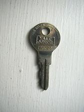 Vintage Original Yale & Towne Junior # CH825 Door Padlock ??? Brass Key Keys