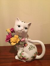Vintage ROYAL ALBERT Old Country Roses Cat Teapot Porcelain  NEW 1962