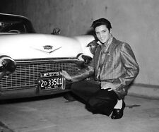 Elvis Presley 10 x 8 UNSIGNED photo - P576 - SEXY!!!!!