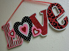 LOVE HEART RED PINK ZEBRA ANIMAL GLITTER WALL DECOR PLAQUE VALENTINES DAY SIGN