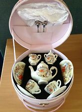 Beatrix Potter Reutter Porcelain Children`s Porcelain Tea Set in Case NEW 23161
